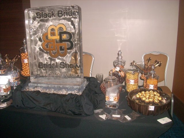 Black Bride. com Plaque